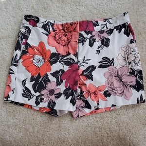 Anna Taylor flowers shorts